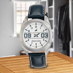 Remarkable Fastrack Varsity Analog Womens Watch to Alapuzha