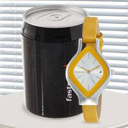 Wonderful Fastrack Analog Womens Watch to Jamshedpur