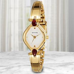 Exclusive Sonata Analog Womens Watch to Aizwal