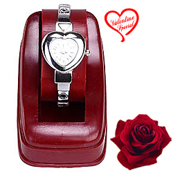 Heart Shape Watch for Her to Behrampur