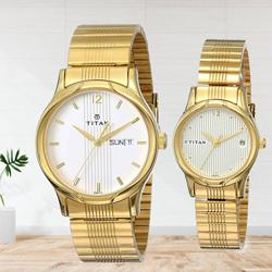 Ravishing Titan Bandhan Analog Champagne Dial Couple Watch to Abohar