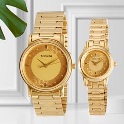 Remarkable Analog Champagne Dial Couple Watch from Sonata to Adugodi